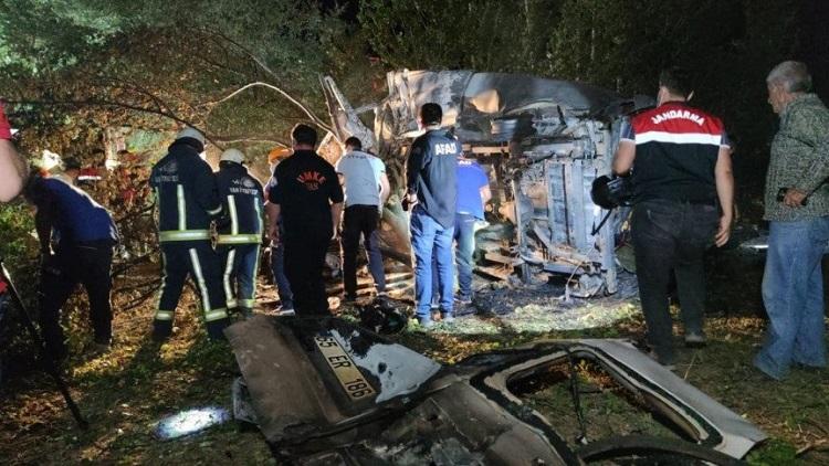 তুরস্কে বাস দুর্ঘটনায় বাংলাদেশিসহ ১২ জন নিহত